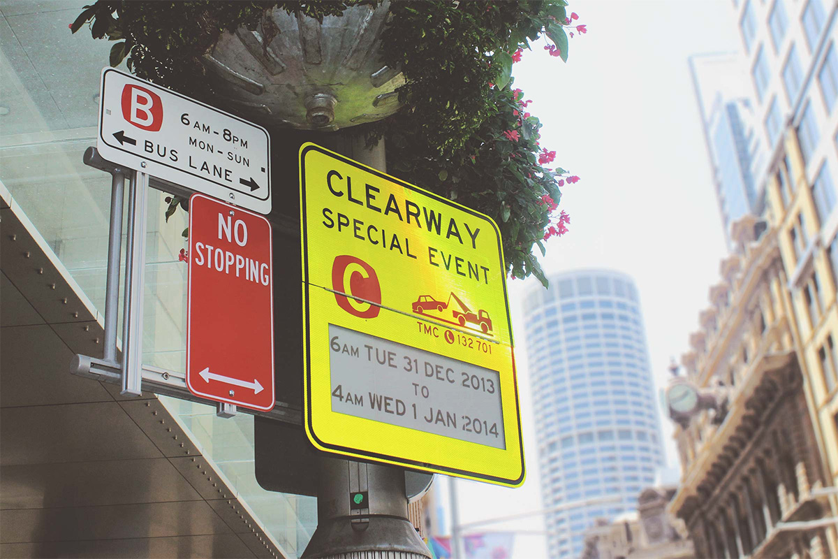 Smart traffic sign powered by Visionect - Picture 2 - Inkcoming SA